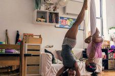 15 Aksi keren penari yang tetap eksis saat di rumah