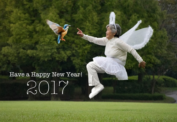 Kamu pasti melongo, nenek 88 tahun ini jago banget Photoshop