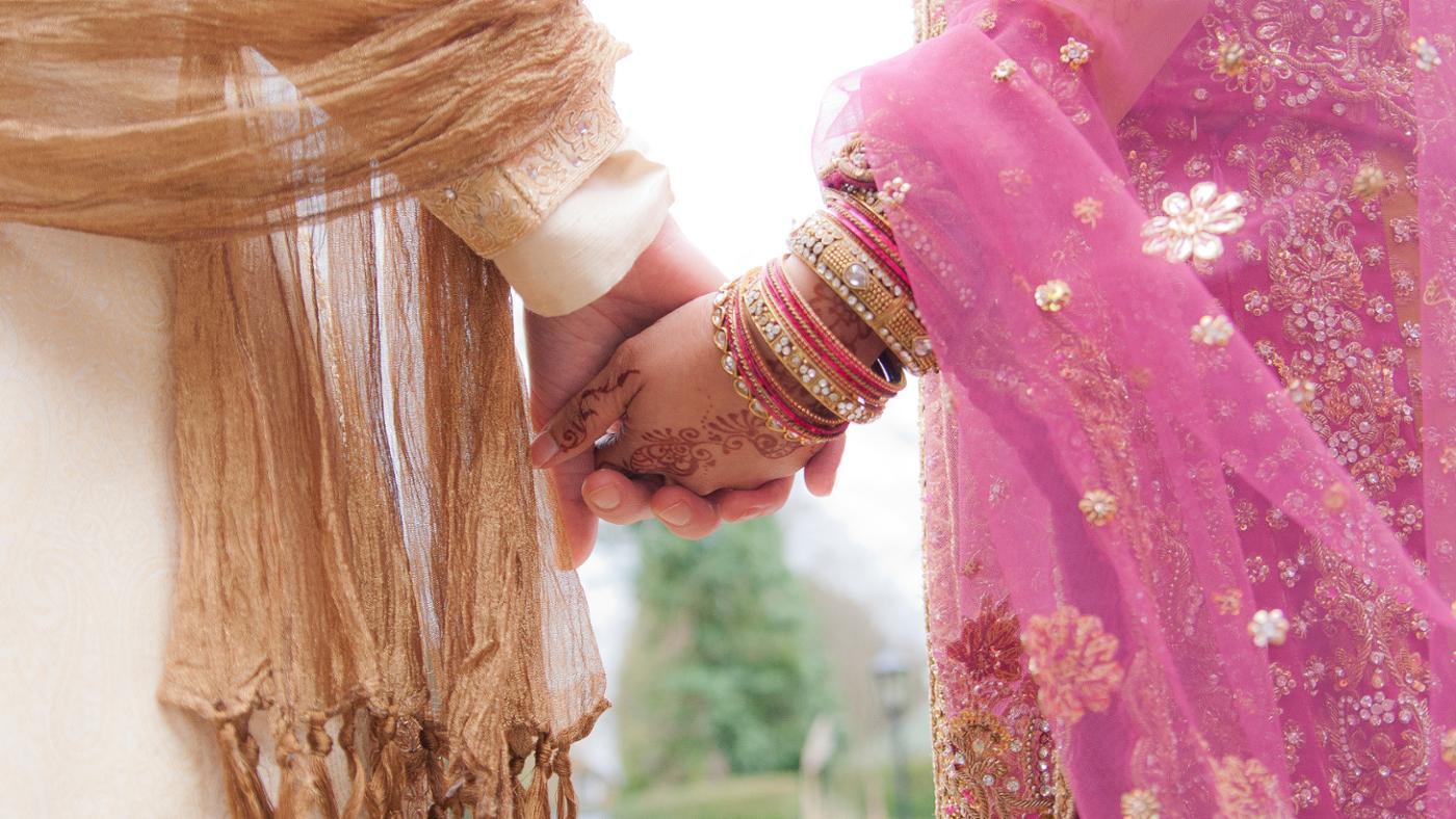 Pasangan WNI ini menikah di Masjid Rusia, dihadiri menteri lho