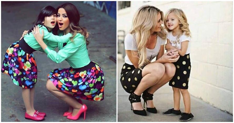 20 Foto cantiknya anak dan ibu kembaran outfit, dua-duanya bikin gemes