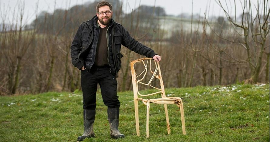 Ajaib, pria ini kembangkan pohon yang bisa tumbuh kursi