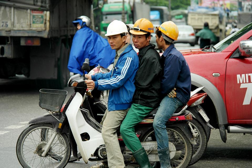 4 Fakta di balik heboh 10 juta tenaga kerja asal China