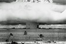 Di negara ini bom nuklir meledak 456 kali dalam 40 tahun terakhir