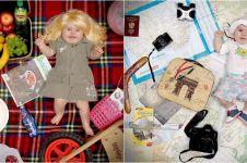 12 Foto bayi saat jadi model kalender ini bikin gemes deh