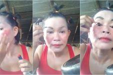 Tutorial makeup super ngirit ala emak-emak ini bikin ketawa ngakak
