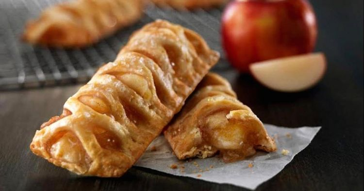 Suka ngemil? Yuk bikin Apple Pie ala McD yang lagi hits banget