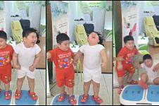 Video dua anak mainan di mesin pembakar lemak ini bikin ketawa keras