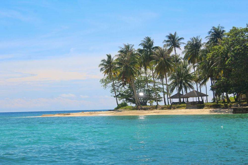 Pulau Randayan Wisata Kalimantan Barat