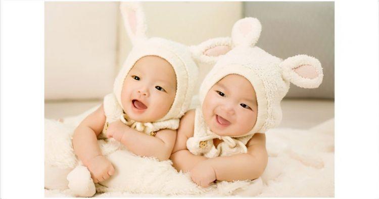 5 Video polah bayi kembar ini menggemaskan, bikin pengen punya anak