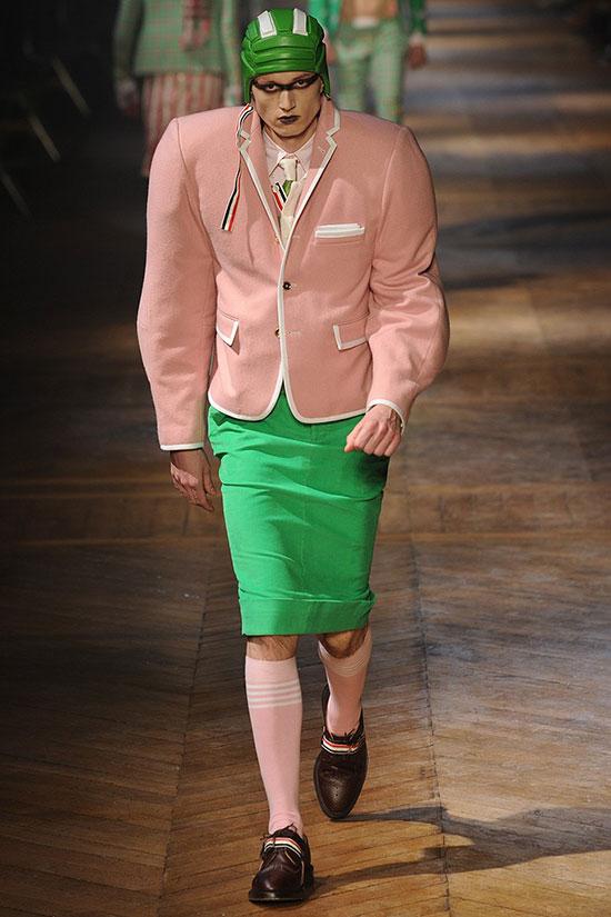 15 Pakaian © 2017 Facebook.com/Hint Fashion Magazine