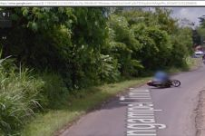 Waduh, seorang ibu jatuh dari motor terekam Google Street View