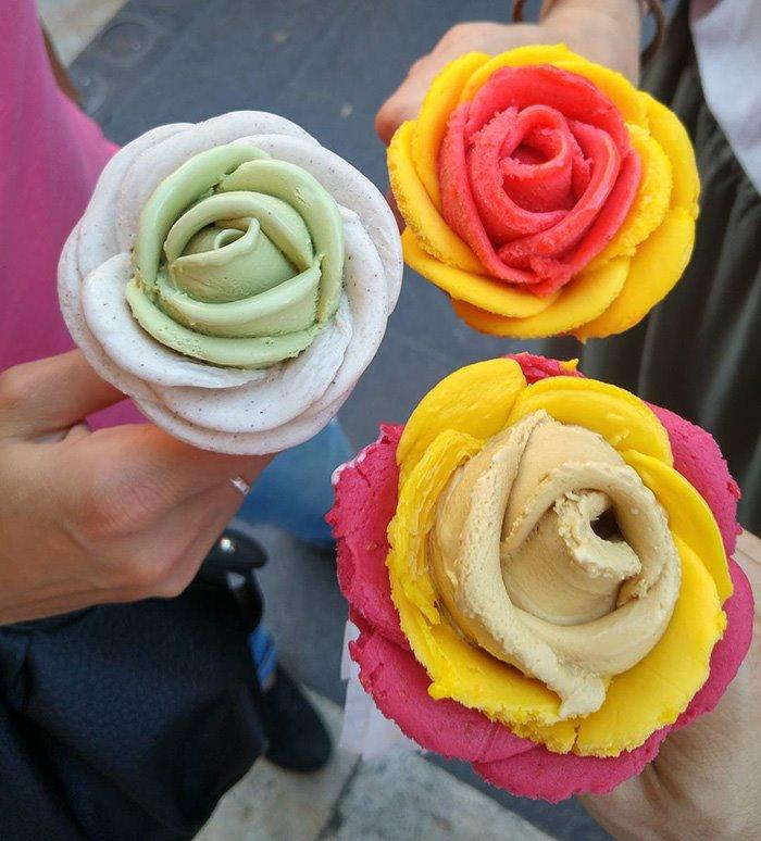 gelato flower © 2017 boredpanda