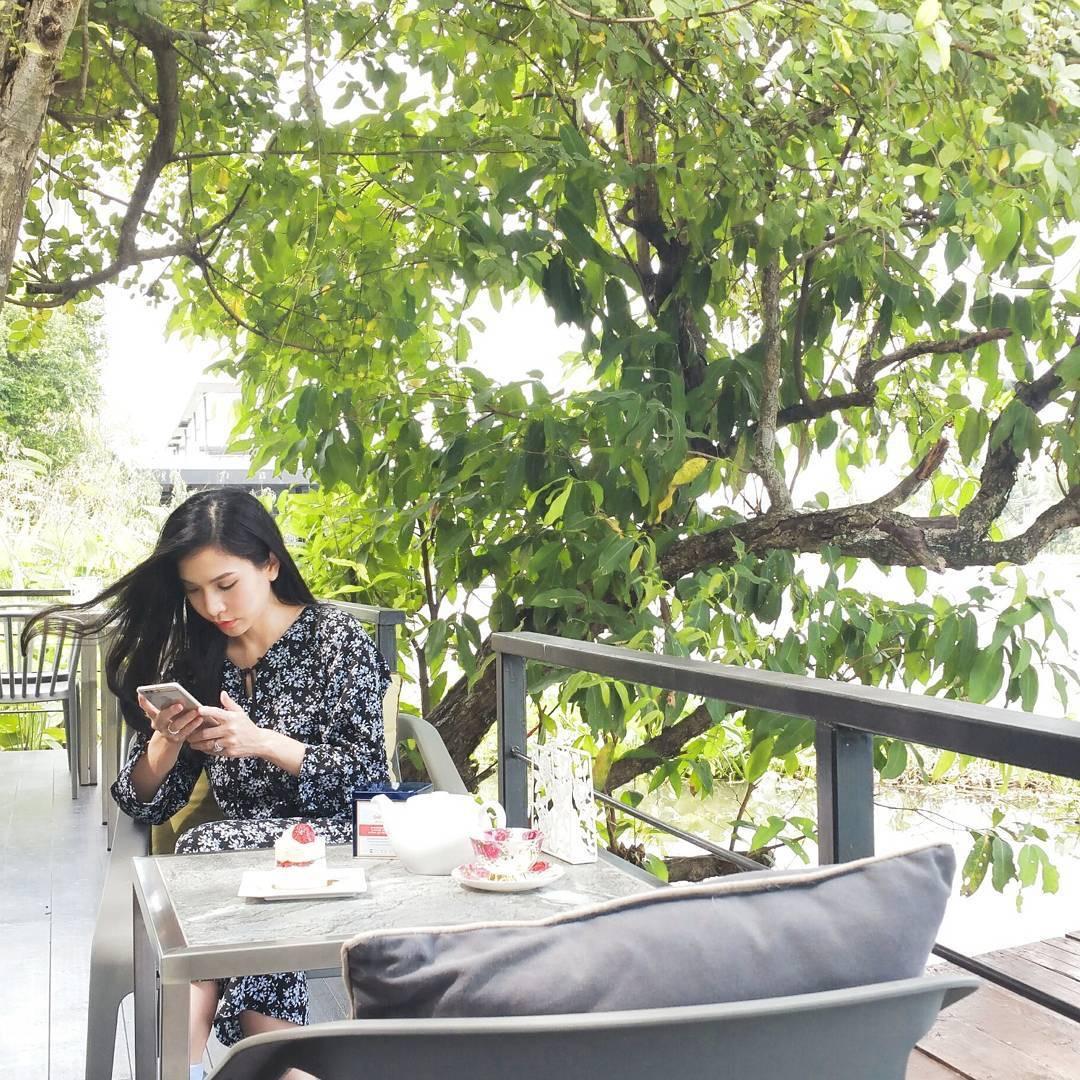 Restoran ini larang keras pengunjungnya mainkan smartphone, kenapa ya?