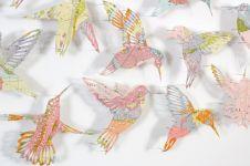10 Burung cantik ini ternyata terbuat dari peta bekas, top abis
