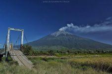 7 Gunung tertinggi di Pulau Sumatera ini cocok bagi pendaki