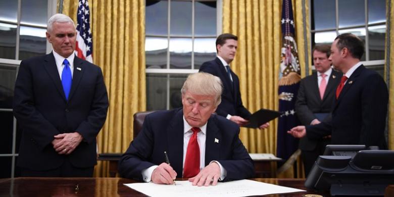 5 Kebijakan kontroversi Donald Trump ini langsung gegerkan dunia