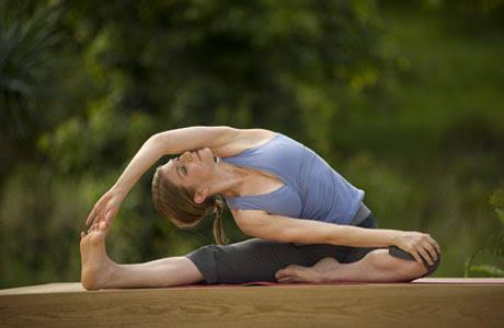 Yoga akan semakin digemari di tahun Ayam Api, kenapa ya?