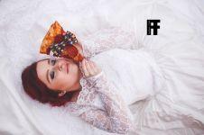 7 Foto memukau 'pernikahan' gadis cantik dengan sepotong pizza, wow