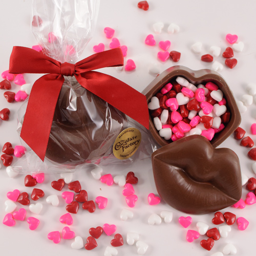 coklat bentuk unik kado valentine © 2017 berbagai sumber