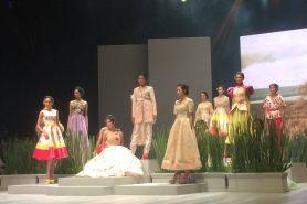 Terinspirasi mimpi, begini keindahan busana Ivan Gunawan di IFW 2017