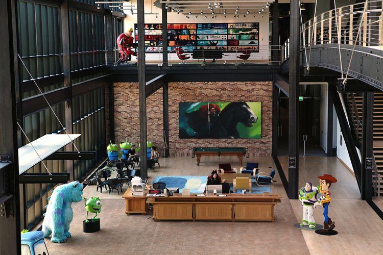 10 Perusahaan ini punya kantor super keren, dijamin bikin betah kerja!