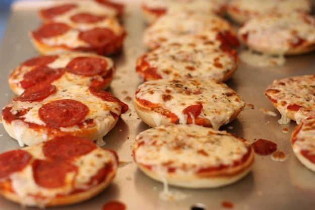 cara pizza © 2017 brilio.net