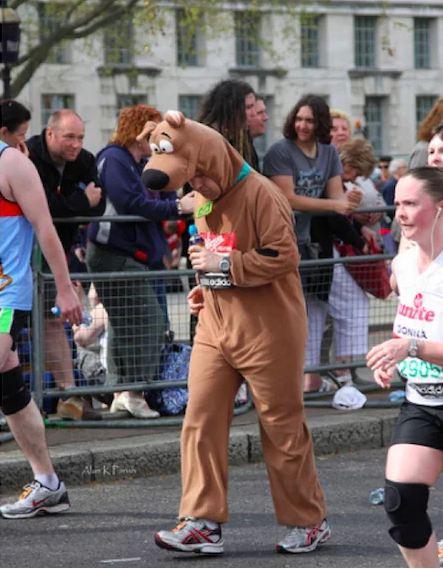 kostum gagal paham para pelari ini bikin susah nahan ketawa © 2017 berbagai sumber