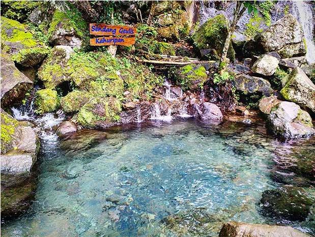 Tak melulu factory outlet, yuk kunjungi 8 wisata alam di Bandung ini