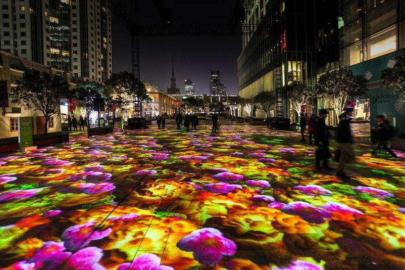 Jalanan penuh 'bunga lili' di China ini bikin betah, wow banget deh
