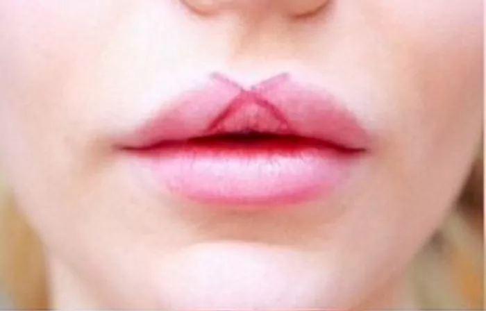 tips memakai lipstik © 2017 diply.com