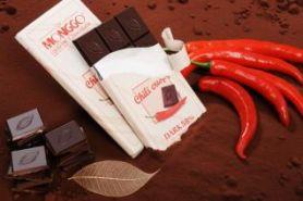 10 Camilan ini variasinya nggak biasa, ada cokelat rasa nasi lemak lho