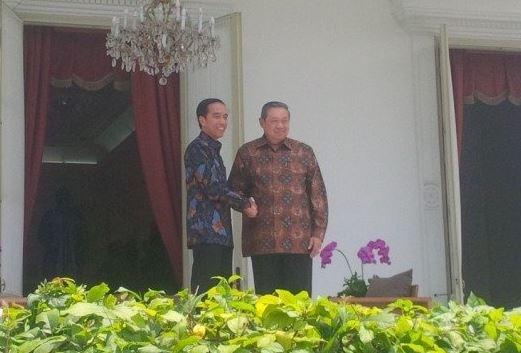 Tak disangka, jajanan ini yang temani bincang santai Jokowi dan SBY