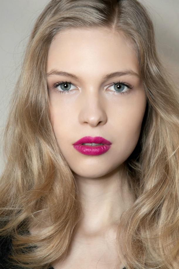 tren makeup kembali happening © 2017 berbagai sumber