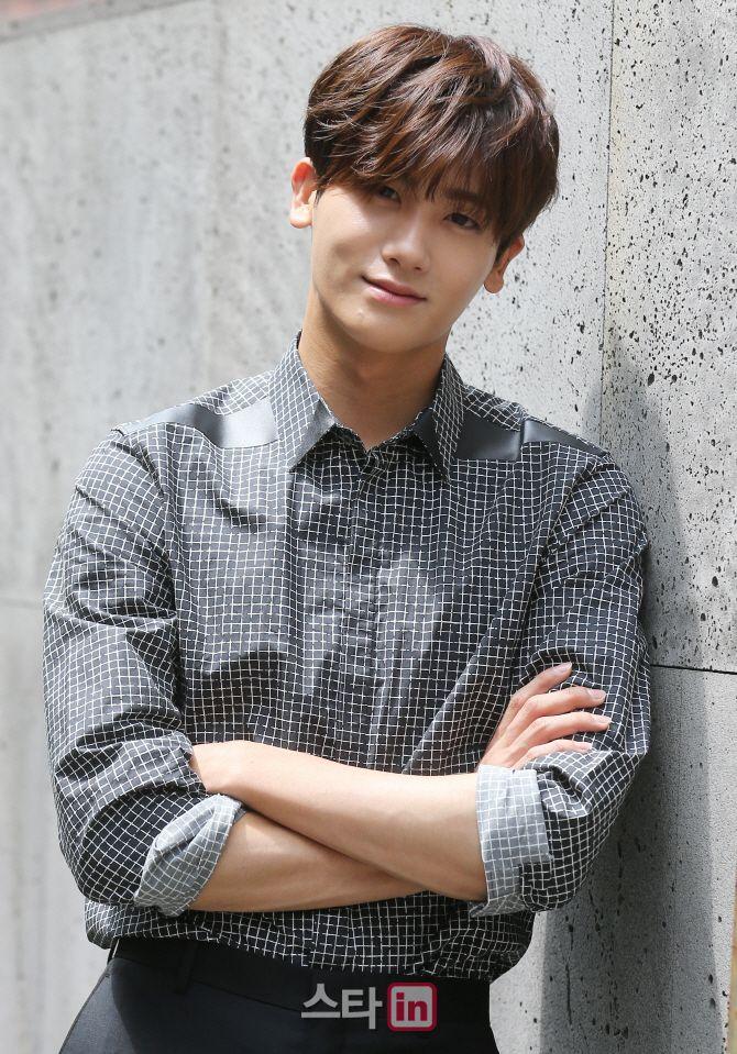 Park Hyung-sik © 2017 brilio.net