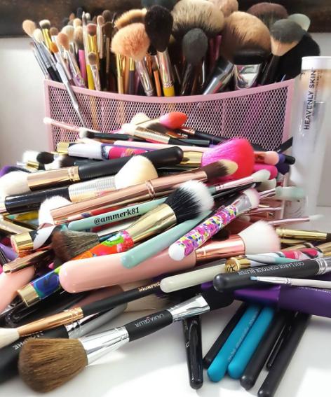 kesalahan saat beli makeup  © 2017 berbagai sumber
