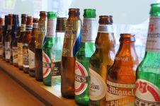 Kenapa ya botol bir selalu berwarna hijau atau cokelat? Ini alasannya