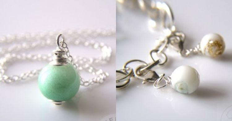Kamu nggak akan sangka, perhiasan indah ini dibuat dari air susu ibu