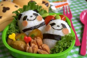 Ini tips sajikan menu makan agar anak suka sayur, mamah muda coba yuk