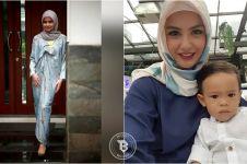 Pulang dari umroh, ini 10 potret anggunnya Revalina saat pakai hijab