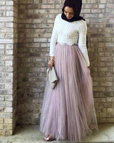 12 Inspirasi Model Gaun Kondangan Bagi Kamu Yang Hijaber Elegan