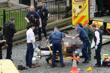 8 Foto evakuasi korban serangan teror di London, dunia turut berduka