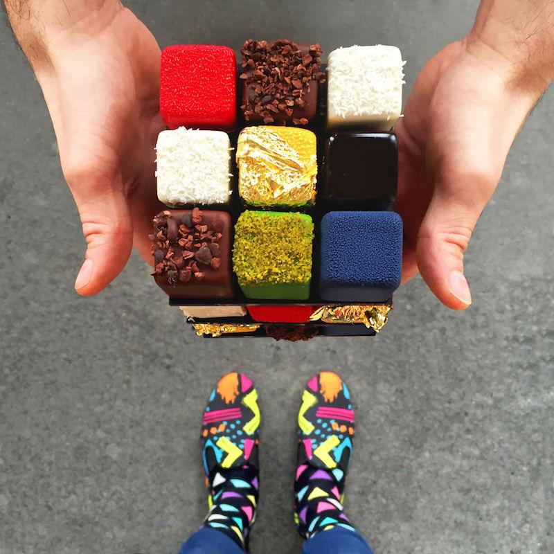 dessert matching dengan sepatu  © 2017 berbagai sumber