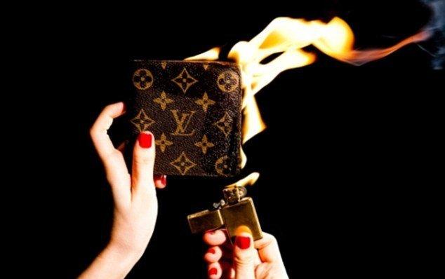 Nggak laku, tas mewah ini dibakar ketimbang dijual dengan harga diskon