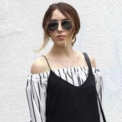 12 Inspirasi gaya baju dalam dress ini bikin penampilanmu makin chic
