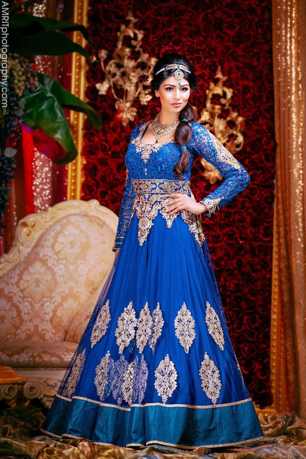 putri Disney ala pengantin India  © 2017 Amrit Grewal