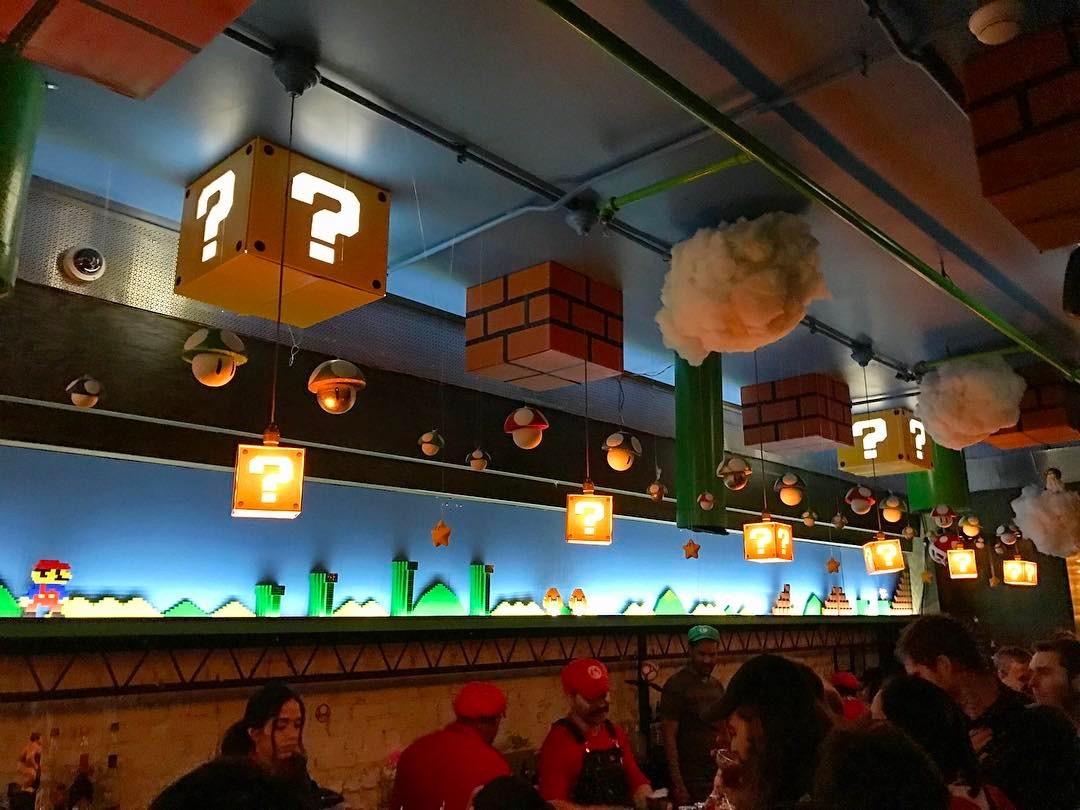 Restoran ini berkonsep video game Super Mario, anak 90an pasti suka