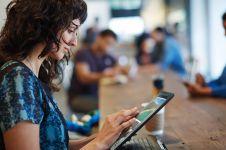 Hindari kejahatan cyber, ini 7 tips aman internetan pakai Wi-Fi umum