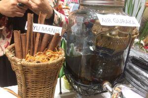 Nikmatnya guraka, minuman khas Tidore yang kaya akan rempah