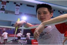 8 Gaya rambut bintang badminton Kevin Sukamuljo, mana paling cool?