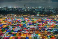 Tak kalah dari mal, ini 5 pasar malam paling terkenal di seluruh dunia